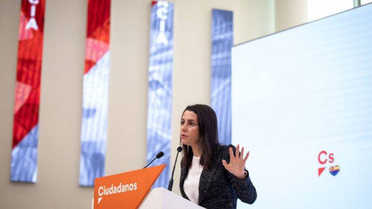 Arrimadas: 'Atacar a los jueces o la democracia de España es algo que no se puede permitir'