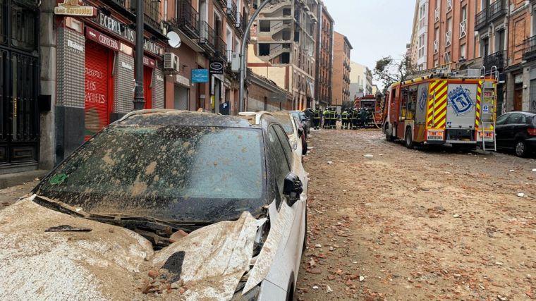 Una explosión en Madrid deja hasta el momento dos víctimas mortales y un edificio arrasado