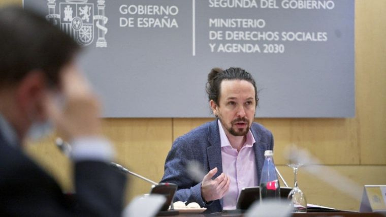 VOX pone en jaque a Iglesias: Denuncia ante el Supremo la opacidad de su Ministerio