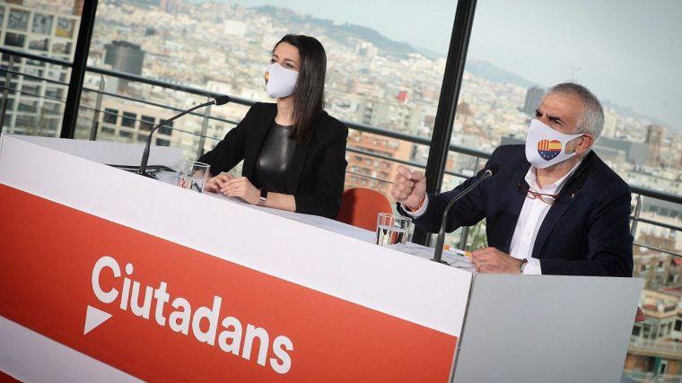 Arrimadas se erige como adalid de la corrupción: