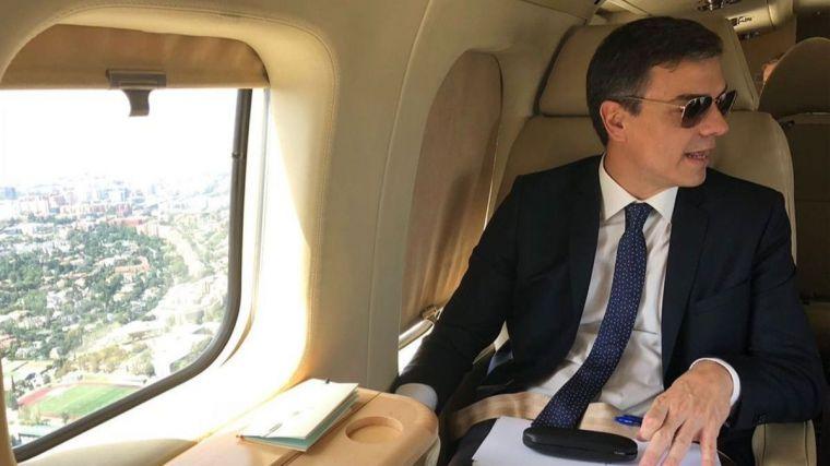 Sánchez en las nubes: 'Satisfecho' con su Gobierno de coalición que pretende replicar en Cataluña