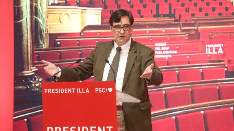 Las oscuras intenciones del PSC para aislar a Vox en el Parlamento catalán