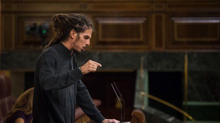El TS cita al podemita Alberto Rodríguez para que declare por su presunta agresión a un policía