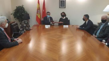 La Comunidad de Madrid se planta ante la okupación