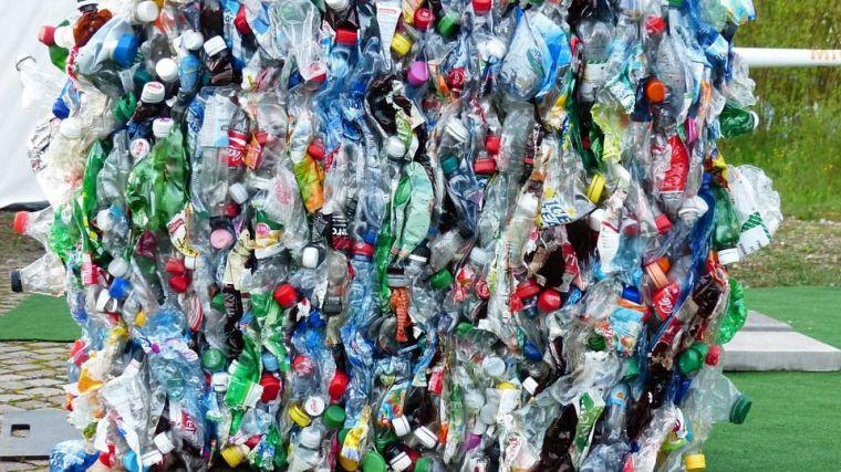 ¿Quién sale ganando con la crisis del plástico en España?