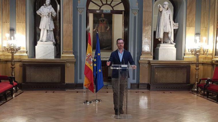 Una parte del Gobierno da la razón a Puigdemont, 'algo sin precedentes en la historia de la democracia española'