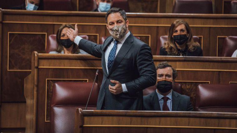 El sonado repaso de Abascal al legado Sánchez: 'Muertos, ruina, liberación de presos e insultos a españolas'