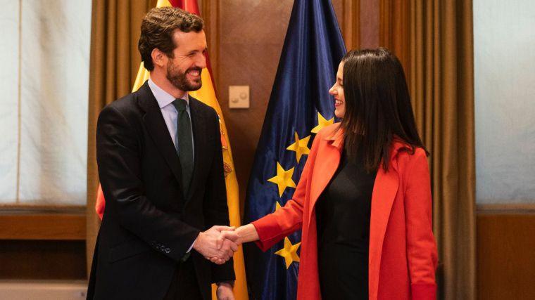 El PSOE quiere a Ciudadanos... pero sin terminar de rechazar a Podemos