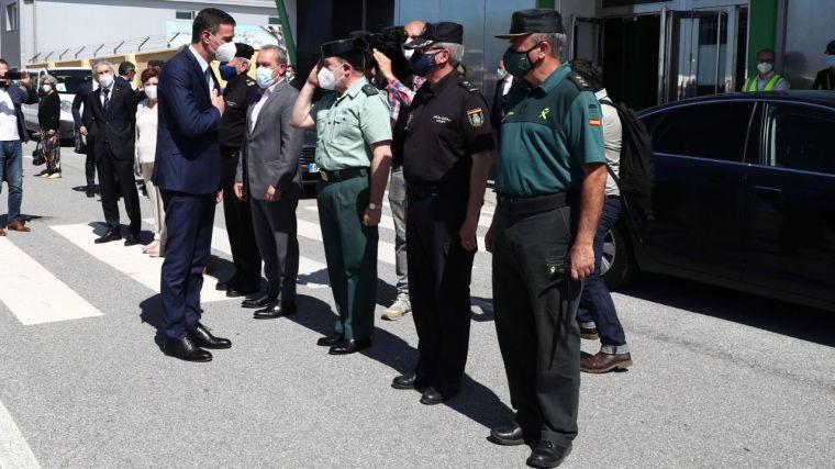 '¡Sánchez dimisión!': El presidente es recibido con abucheos y peticiones de dimisión en Ceuta