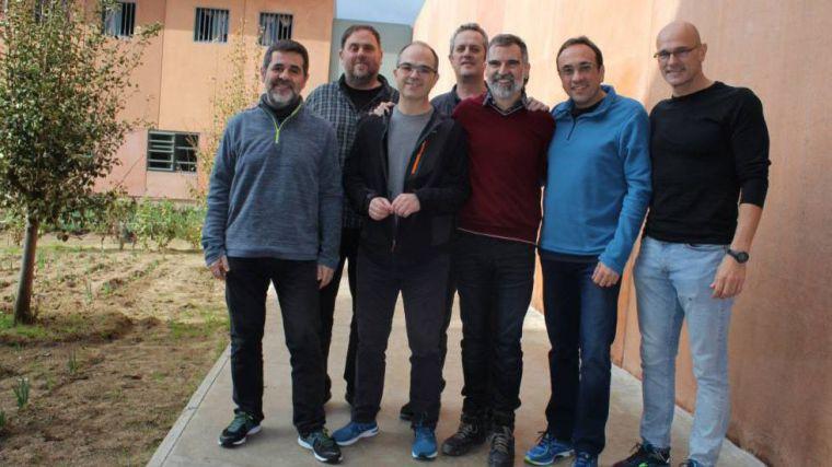 Los indultos, 'un insulto a la inteligencia de los españoles'