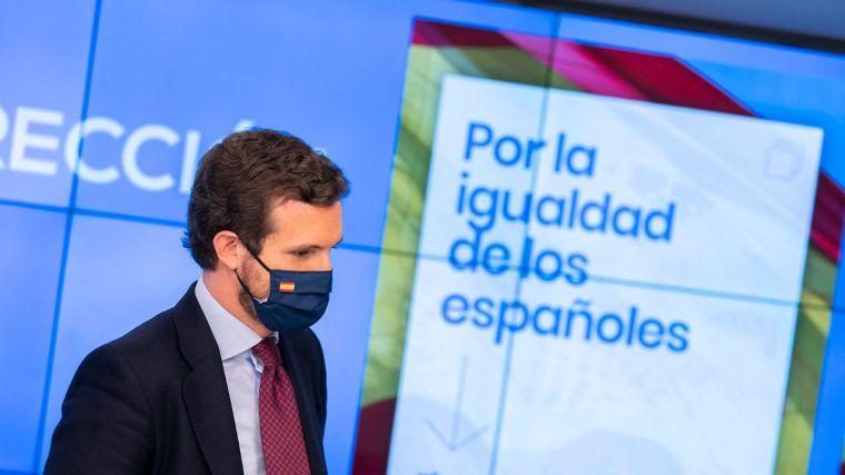 Casado a Sánchez: 'España debe despertar y ya lo está haciendo'