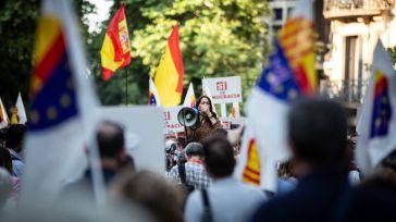 Arrimadas: 'Venimos a defender la verdad y la memoria ante la indignidad y desvergüenza del Gobierno'