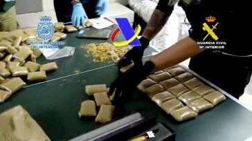 Pretendían introducir en Levante 12 toneladas de hachís con narcolanchas