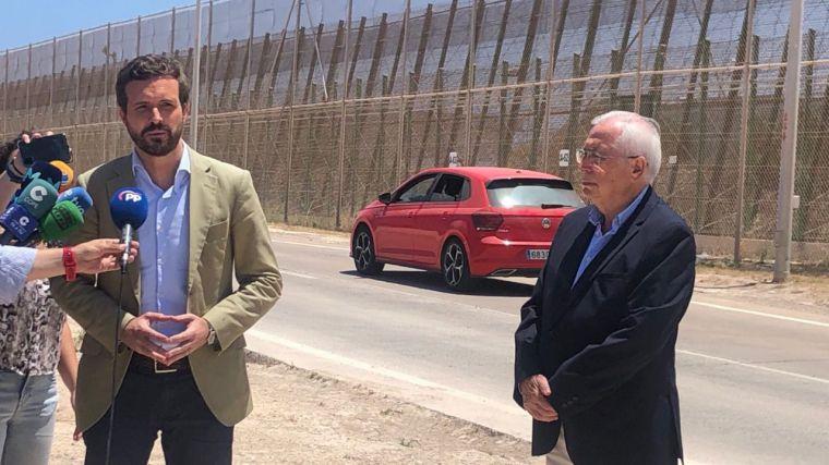 Casado insta a Sánchez a decir que Cuba es una dictadura, 'lo mismo que haría cualquier demócrata'