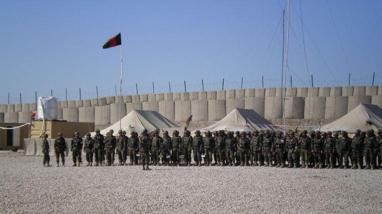 Apertura de fronteras para los afganos