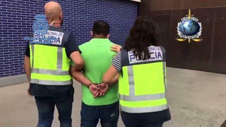Dos fugitivos internacionales detenidos por violación y asesinato: ¿Qué tipo de personas entran en España?