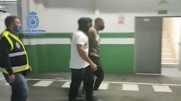 Policía Nacional: Detenidos en A Coruña dos fugitivos de Venezuela y Colombia buscados por asesinato y blanqueo de capitales