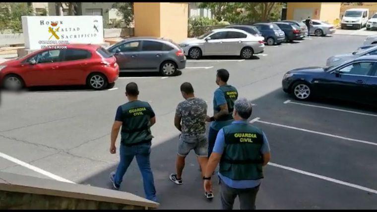 Guardia Civil: Del adoctrinamiento a la fascinación por el terrorismo y el mal trato a las mujeres