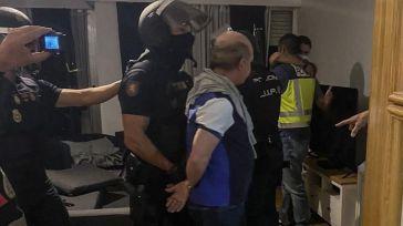 Policía Nacional: Cae el 'Pollo Carvajal' cuchillo en mano en un piso blindado y tras haberse realizado operaciones estéticas
