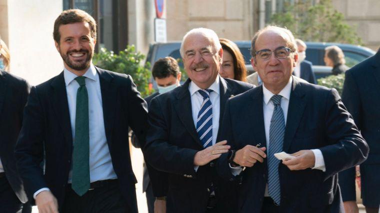 90 aniversario del sufragio femenino: El dardo de Casado a Sánchez al recordarle que el PSOE votó en contra