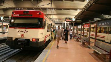 Renfe sigue castigando la venta presencial de billetes en las estaciones