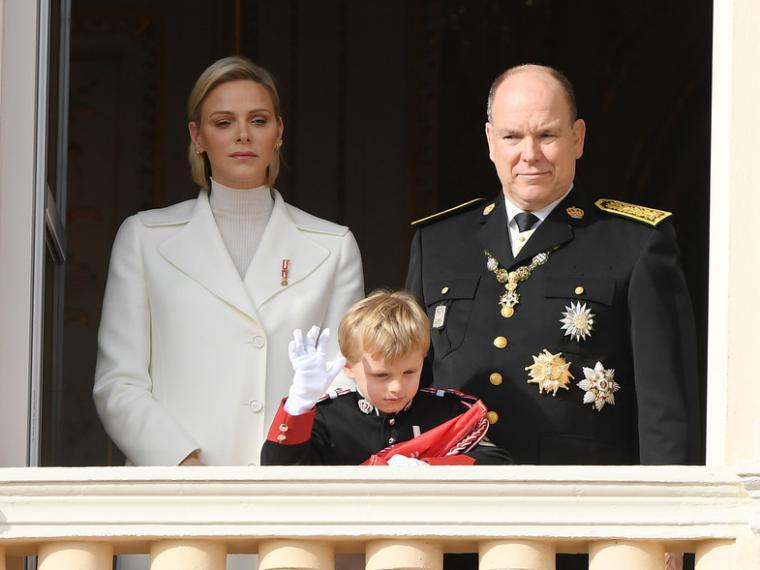 Alberto II de Mónaco se ha reducido el sueldo un 40 por ciento