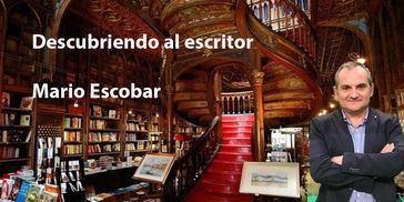 Con el autor de 'La biblioteca de Saint-Malo', Mario Escobar