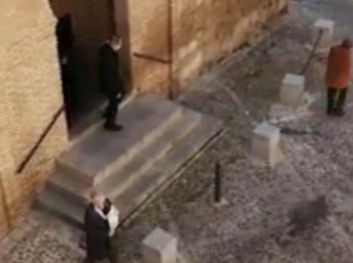 Feligresas de la Iglesia de San Andrés en Toledo, durante la Alerta por el coronavirus