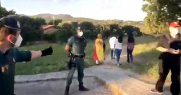 Amplio dispositivo con agentes de otras localidades para salvaguardar el 'palacete' de Pablo Iglesias en Galapagar