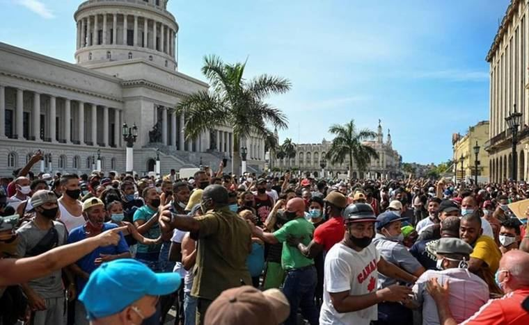 Cuba se harta de la dictadura comunista
