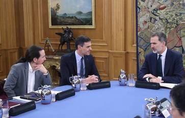 Las redes sociales se revuelven contra Pablo Iglesias tras su ataque al Rey