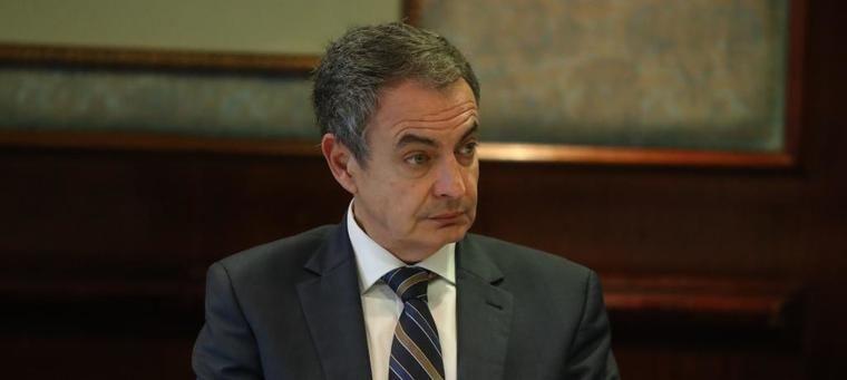 Pedro Sánchez votó la congelación de pensiones y bajada de sueldos de funcionarios de Zapatero